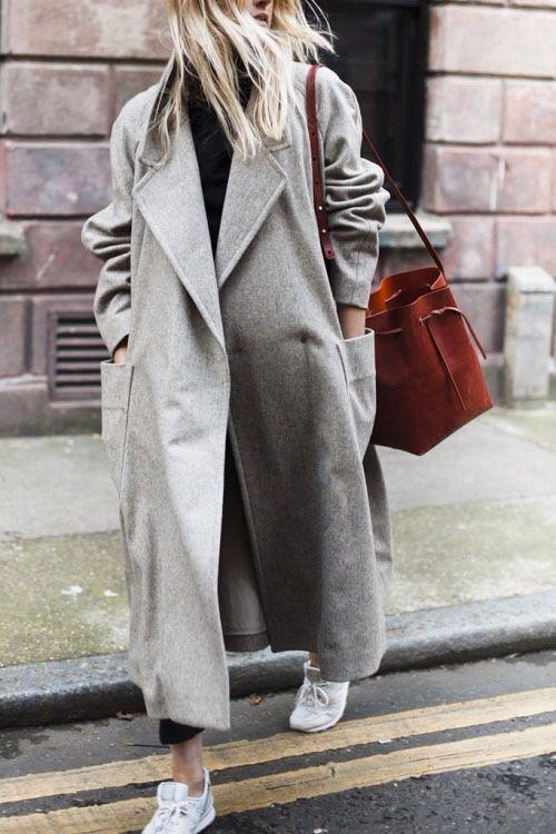 Верхняя одежда в стиле – oversize. Женственные образы свободного стиля.